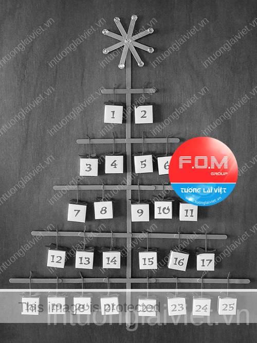 Tự làm lịch treo tường hình cây thông Noel