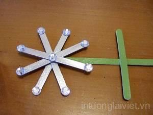 lich-treo-tuong-noel-7